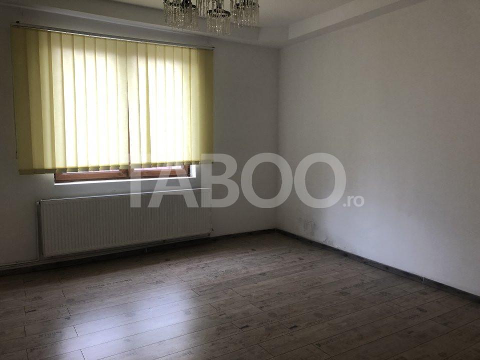 Casa de vanzare 6 camere zona Piata Cluj  in Sibiu 3