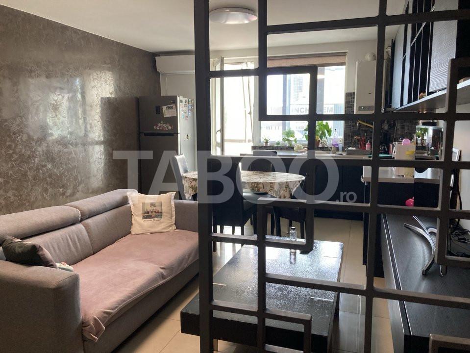 Apartament de vanzare 3 camere cu balcon zona Rahovei Sibiu 1