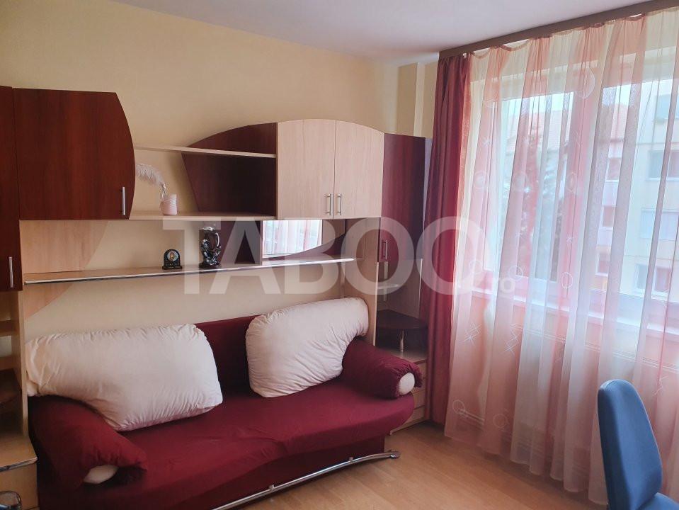 Apartament de inchiriat 2 camere 2 balcoane zona Mihai Viteazu Sibiu 4