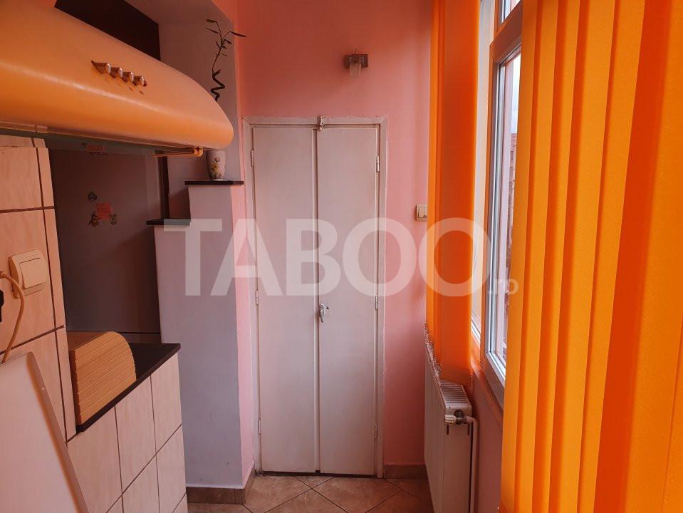 Apartament de inchiriat 2 camere 2 balcoane zona Mihai Viteazu Sibiu 10