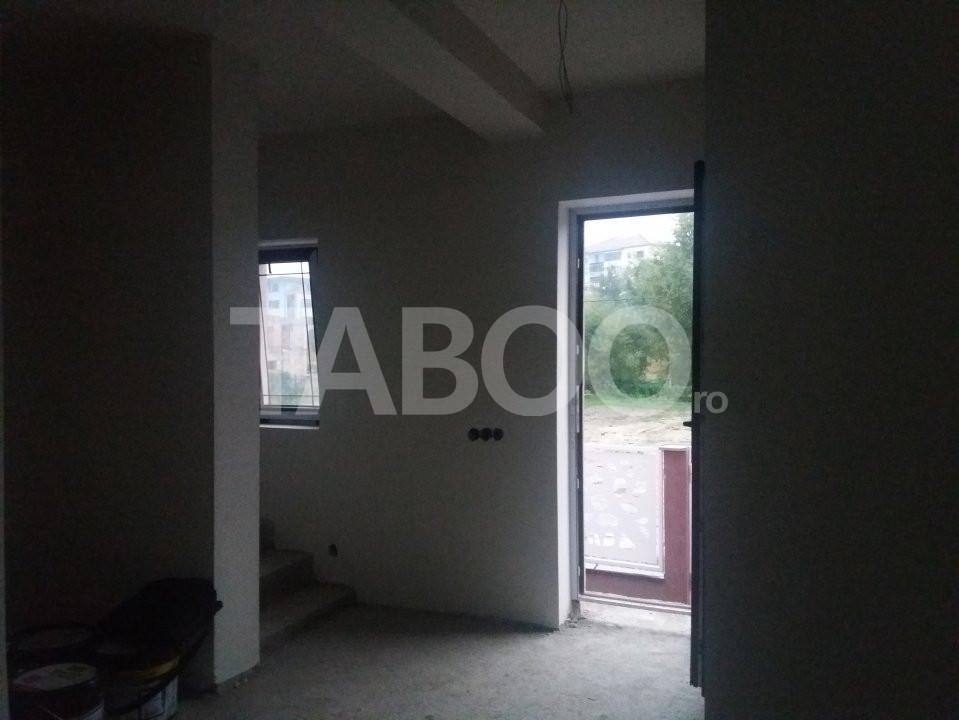 Casa individuala cu 4 camere si 275 mp curte libera Cisnadie Sibiu 2