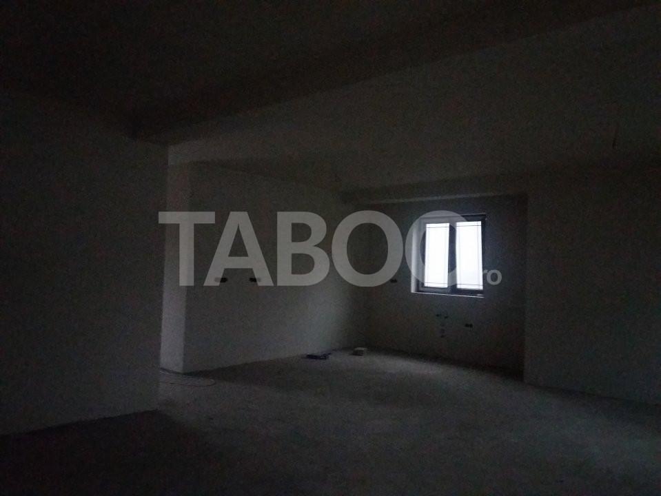 Casa individuala cu 4 camere si 275 mp curte libera Cisnadie Sibiu 10