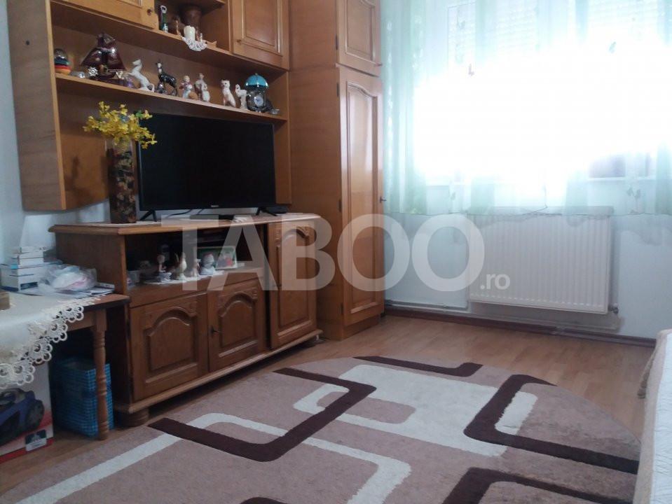 Apartament de vanzare 2 camere etajul 3 in Cisnadie judetul Sibiu 1