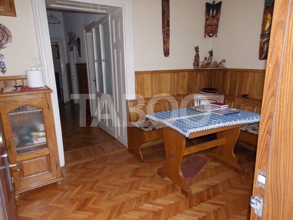 Apartament 4 camere cu Garaj de inchiriat Sibiu Central pretabil Birou 2