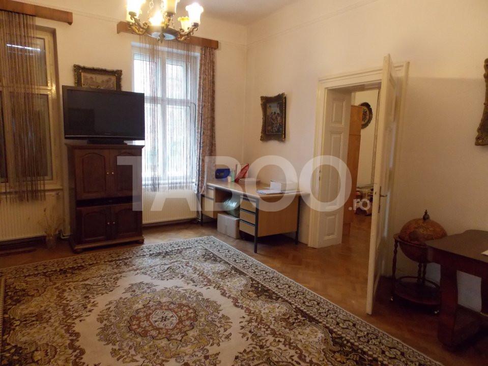 Apartament 4 camere cu Garaj de inchiriat Sibiu Central pretabil Birou 3