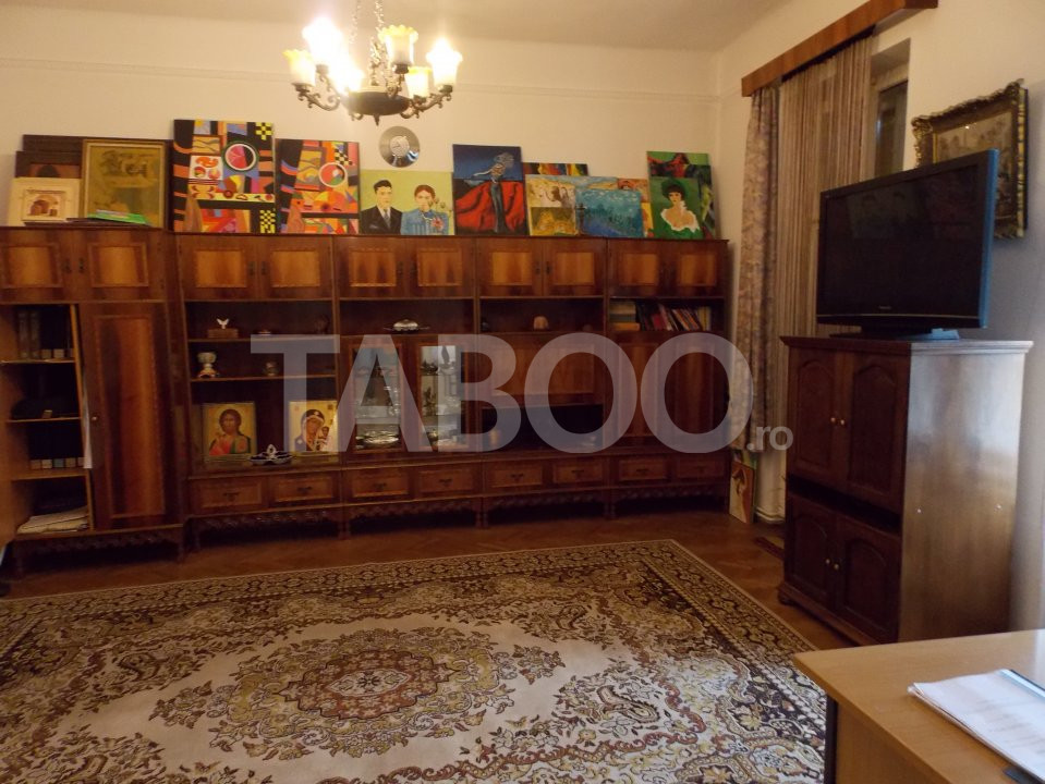 Apartament 4 camere cu Garaj de inchiriat Sibiu Central pretabil Birou 5