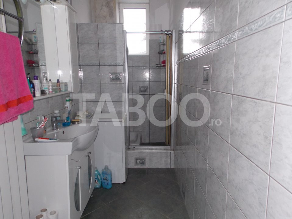 Apartament 4 camere cu Garaj de inchiriat Sibiu Central pretabil Birou 11