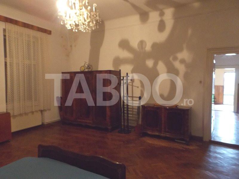 Apartament 4 camere cu Garaj de inchiriat Sibiu Central pretabil Birou 12
