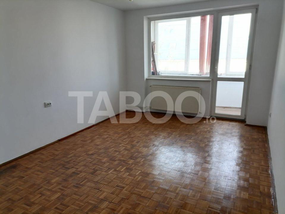 Apartament de vanzare recent renovat 2 camere in Sibiu zona Rahovei 4