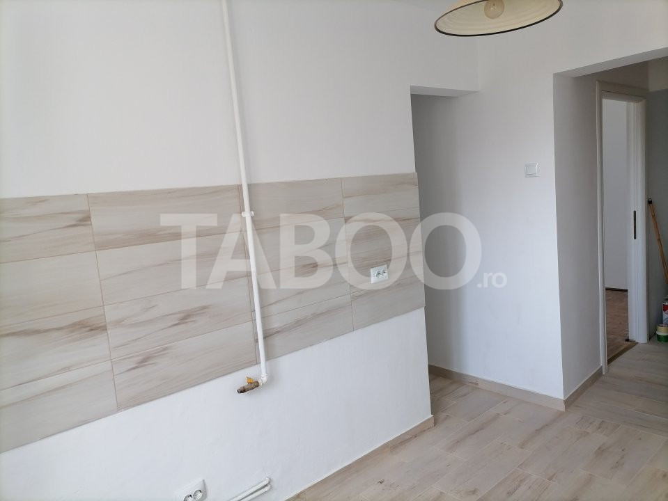 Apartament de vanzare recent renovat 2 camere in Sibiu zona Rahovei 6