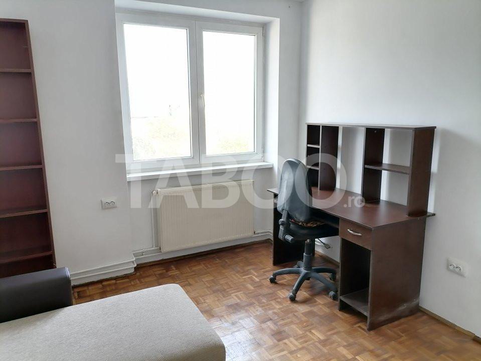 Apartament de vanzare recent renovat 2 camere in Sibiu zona Rahovei 11