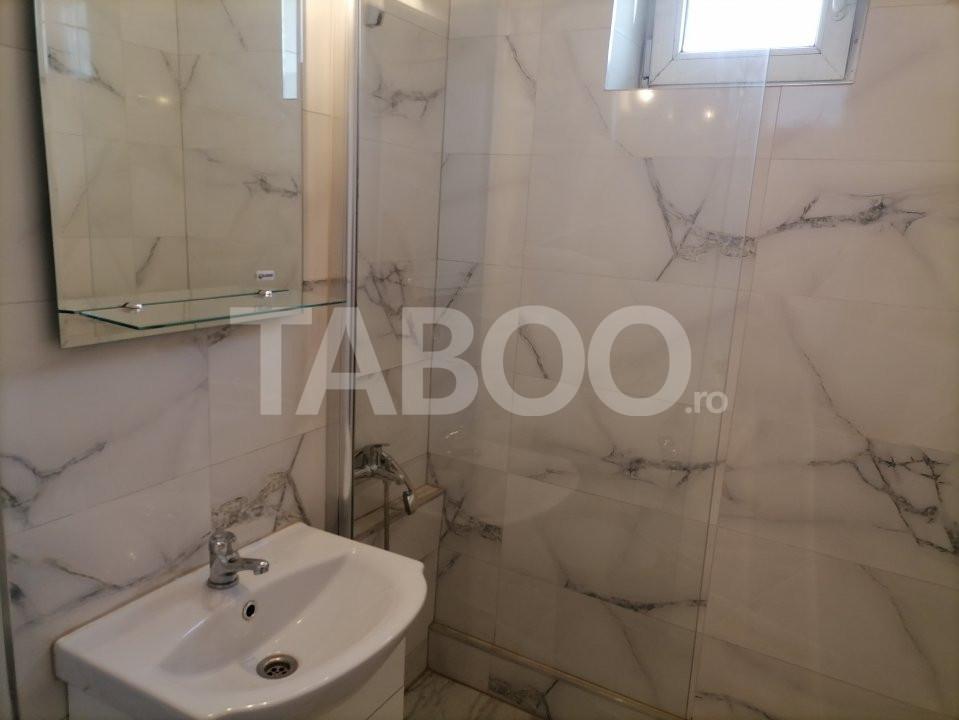 Apartament de vanzare recent renovat 2 camere in Sibiu zona Rahovei 12