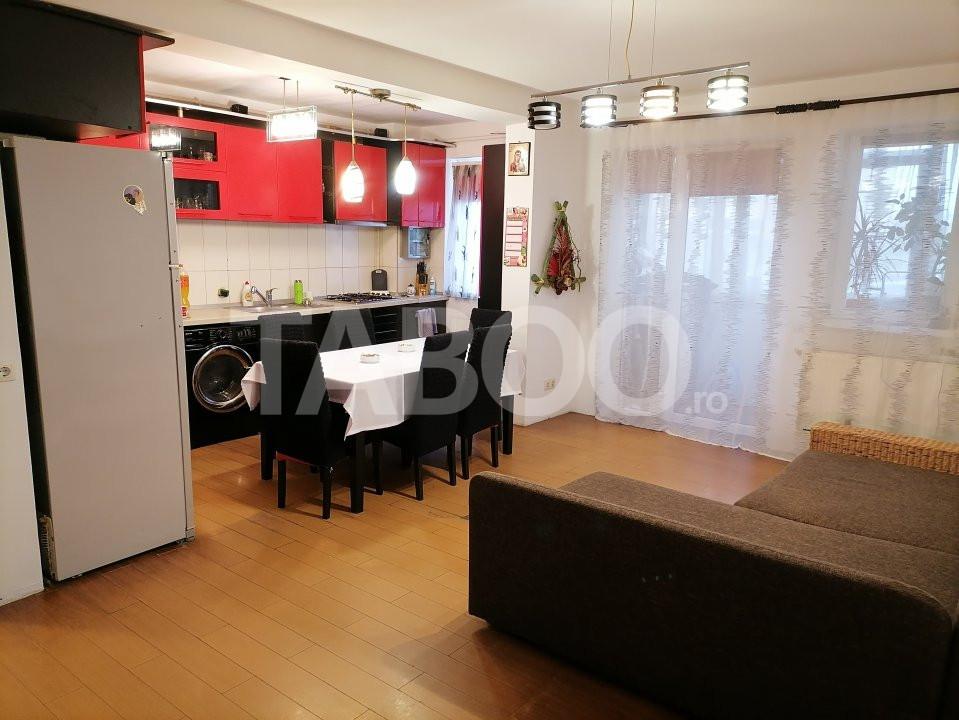 Apartament de vanzare 52 mpu 2 camere balcon in Sibiu Selimbar 1