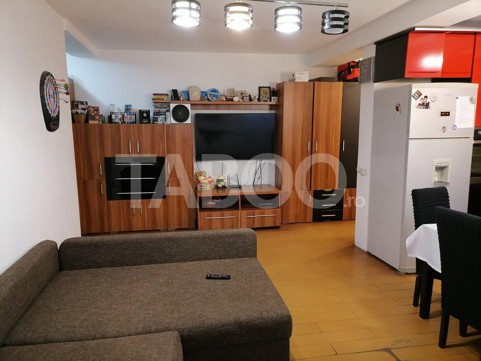 Apartament de vanzare 52 mpu 2 camere balcon in Sibiu Selimbar 5