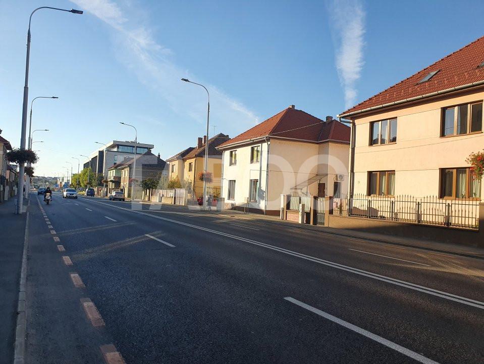 Apartament  de vanzare 4 camere 2 bai 2 balcoane zona Strand Sibiu 1