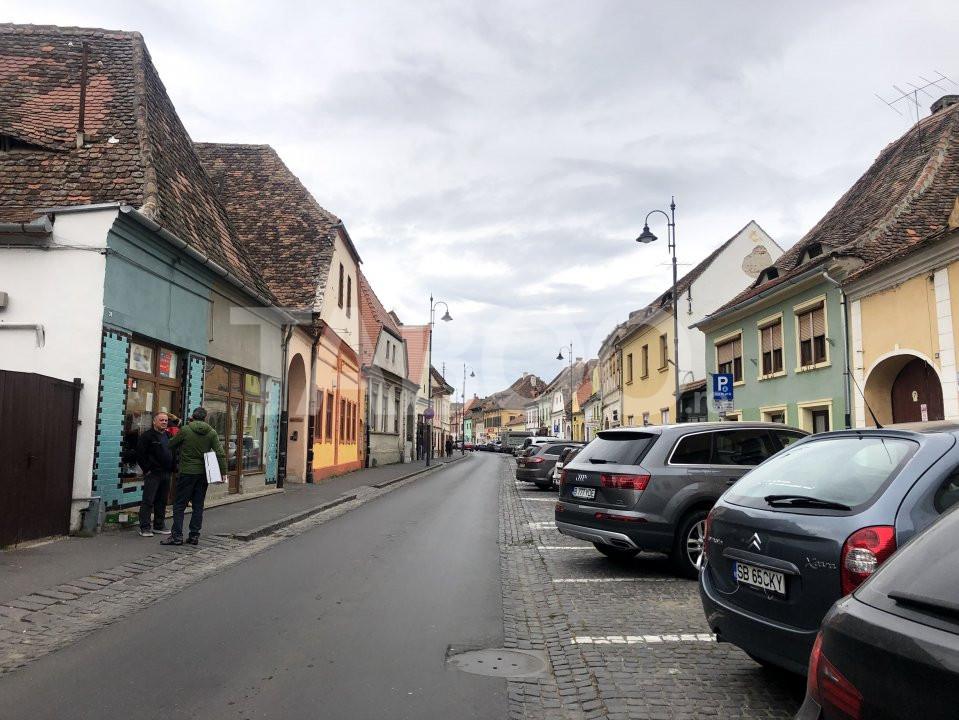 Spatiu comercial de inchiriat in Sibiu zona  Orasul de Jos 1