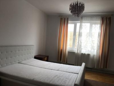 Apartament 2 camere mobilate de inchiriat in Sibiu zona Strand