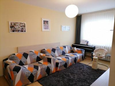Apartament decomandat 63 mpu balcon de vanzare Sibiu zona Vasile Aaron