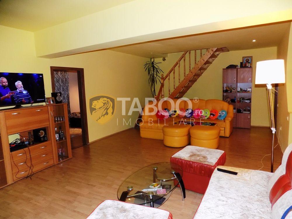 Apartament modern la vila cu 5 camere si 2 bai in Sibiu zona Strand 2