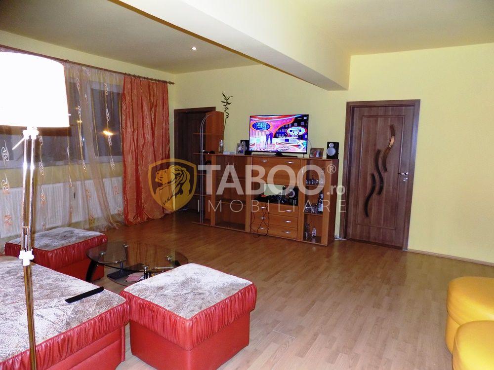 Apartament modern la vila cu 5 camere si 2 bai in Sibiu zona Strand 6