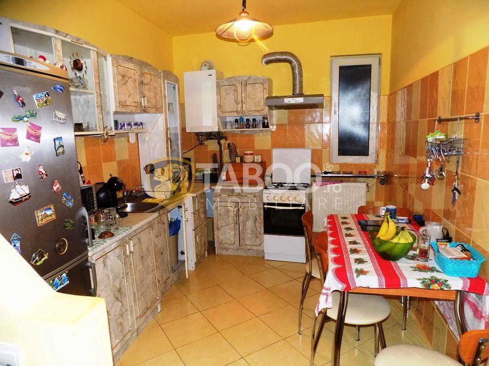 Apartament modern la vila cu 5 camere si 2 bai in Sibiu zona Strand 13