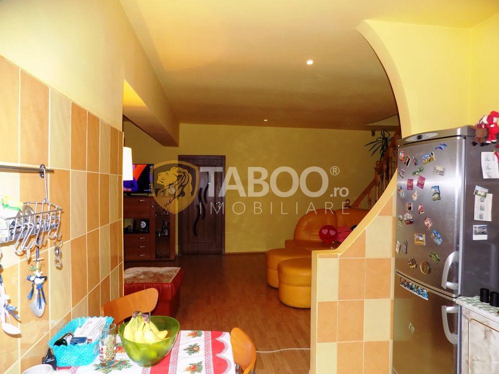 Apartament modern la vila cu 5 camere si 2 bai in Sibiu zona Strand 14