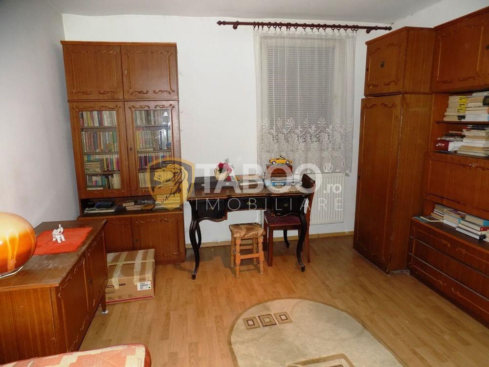 Apartament modern la vila cu 5 camere si 2 bai in Sibiu zona Strand 20