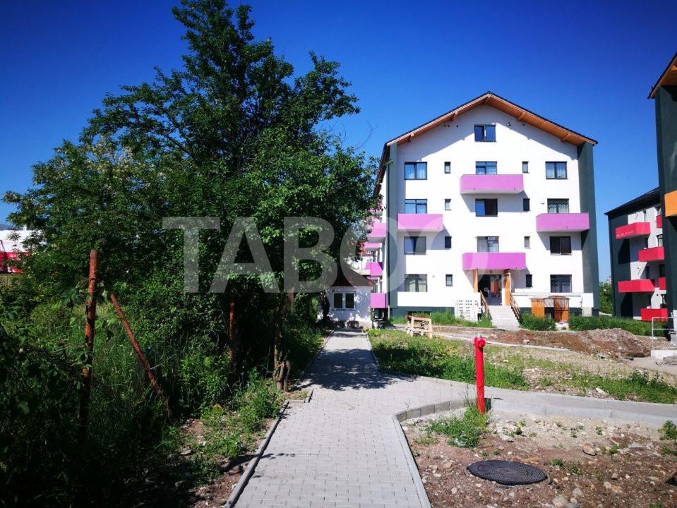 Apartament 51 mp 2 camere decomandate 2 balcoane Sibiu zona Turnisor 1