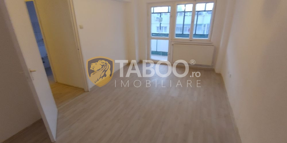 Apartament 2 camere decomandate si pivnita de vanzare strada Siretului 1