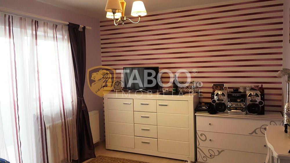 Apartament cu 2 camere decomandate de vanzare in Selimbar 1