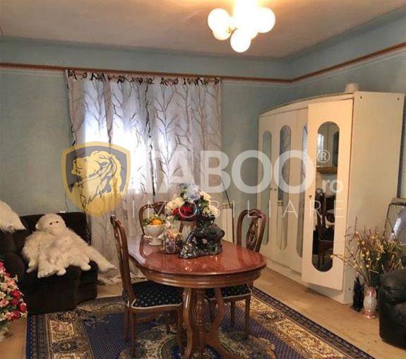 Casa cu 6 camere de vanzare in Garbova judetul Alba 1