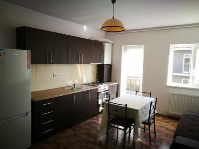 Apartament cu 3 camere de vanzare etajul 1 pe Calea Cisnadiei Sibiu
