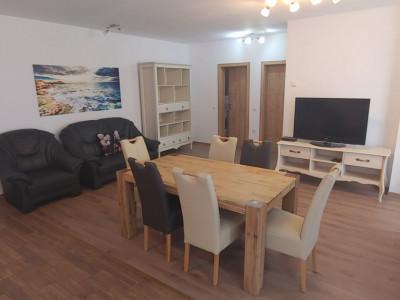 Apartament de lux cu 3 camere de inchiriat in Sibiu zona Piata Cluj