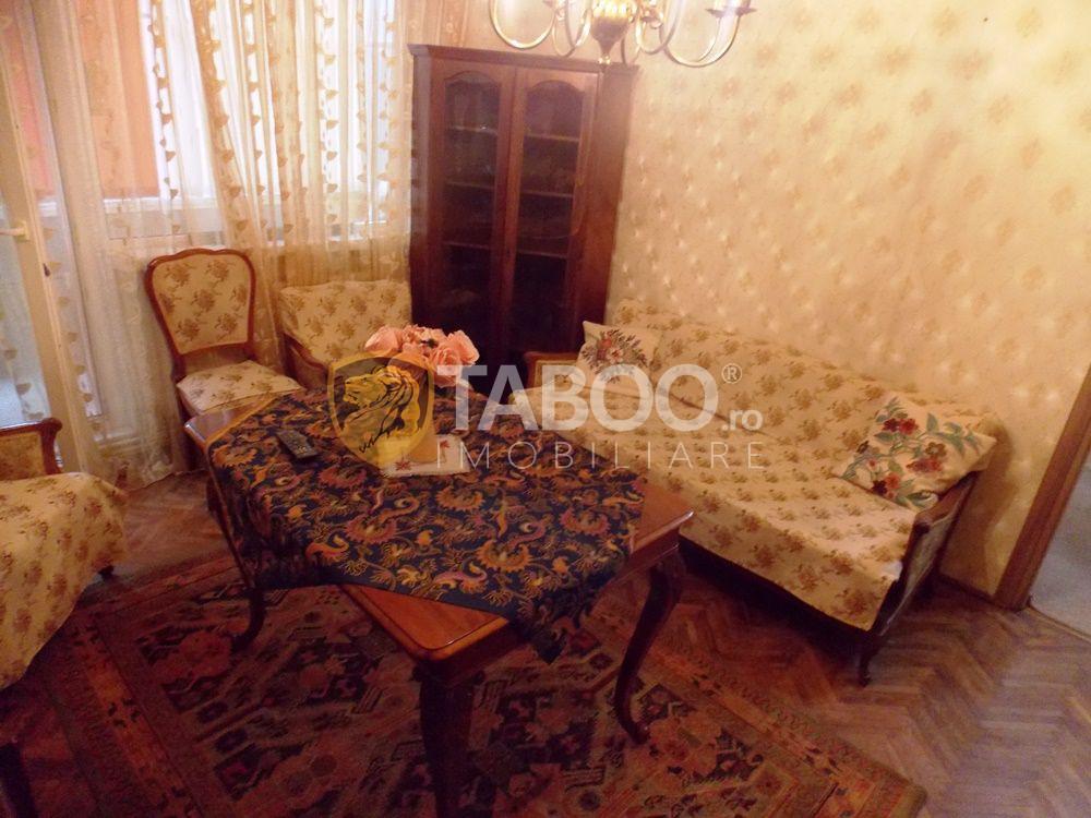 Apartament cu 2 camere etaj 1 de inchiriat in zona Mihai Viteazu 1