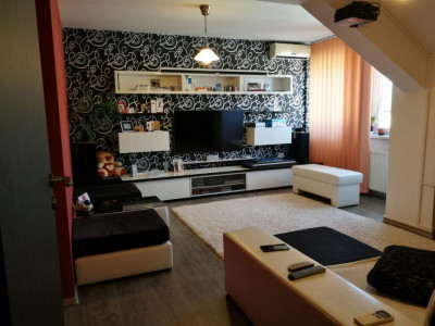 Apartament cu 3 camere decomandate in Sibiu zona Terezian 82 mp