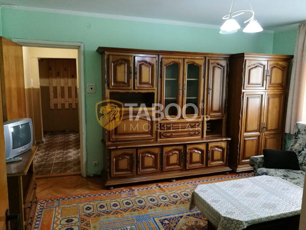 Apartament 3 camere 50 mp utili Sibiu zona Hipodrom III  1