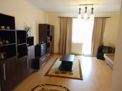 Apartament 3 camere de inchiriat in Selimbar zona Pictor Brana