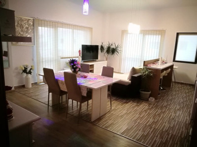 Penthouse modern 4 camere 134 mp de vanzare Sibiu zona Mihai Viteazu