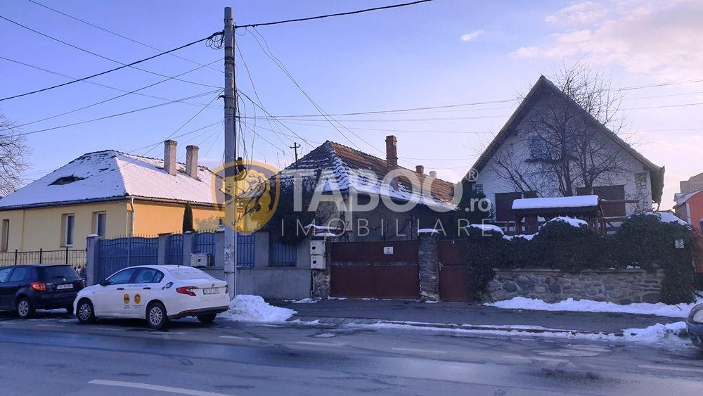 Casa cu 6 camere si 500 mp teren de vanzare zona Calea Dumbravii Sibiu 1