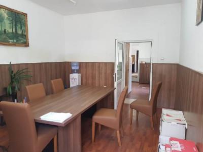 Apartament la casa corp individual pretabil pentru birouri zona 9 Mai