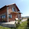 Casa cu 4 camere decomandate si 220 mp curte de vanzare in Sura Mare thumb 2