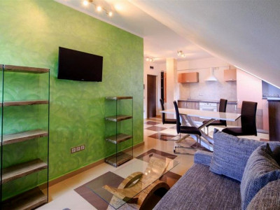 Apartament modern de inchiriat cu 2 camere zona Centrala