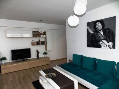 Apartament modern cu 2 camere decomandate de vanzare in zona Dedeman