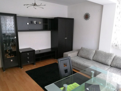 Apartamen modern 2 camere si parcare de inchiriat Bulevardul Victoriei