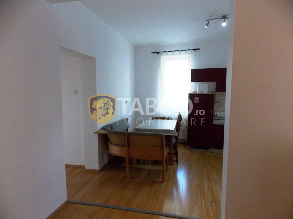 Apartament de inchiriat cu 3 camere si 2 bai in Sibiu zona Strand 4
