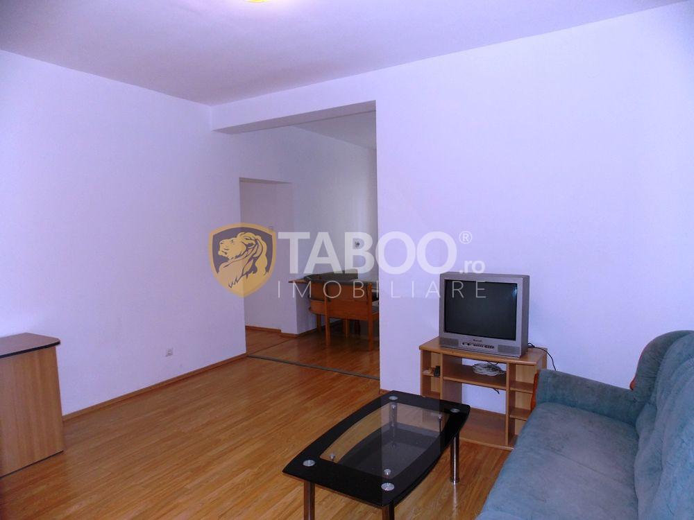 Apartament de inchiriat cu 3 camere si 2 bai in Sibiu zona Strand 5