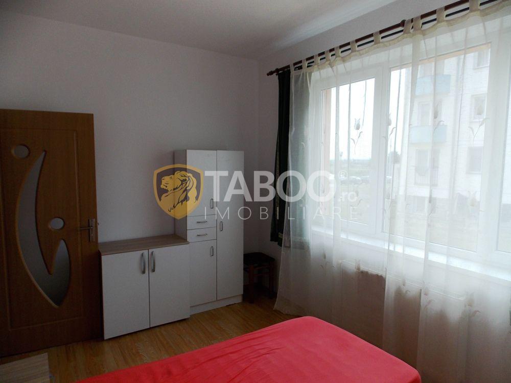Apartament de inchiriat cu 3 camere si 2 bai in Sibiu zona Strand 7