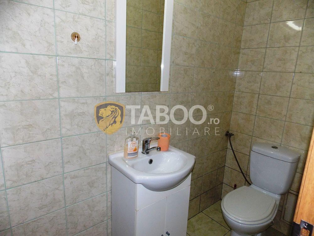 Apartament de inchiriat cu 3 camere si 2 bai in Sibiu zona Strand 12