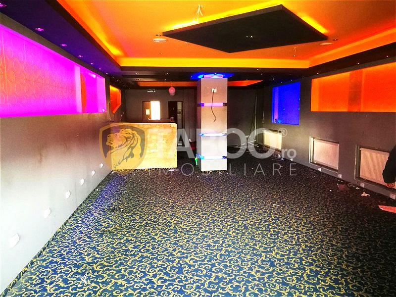 Spatiu comercial de inchiriat cu 3 camere 120 mp in Strand 1