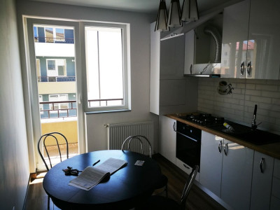 Apartament 2 camere etaj 1 la cheie in Selimbar zona Pictor Brana